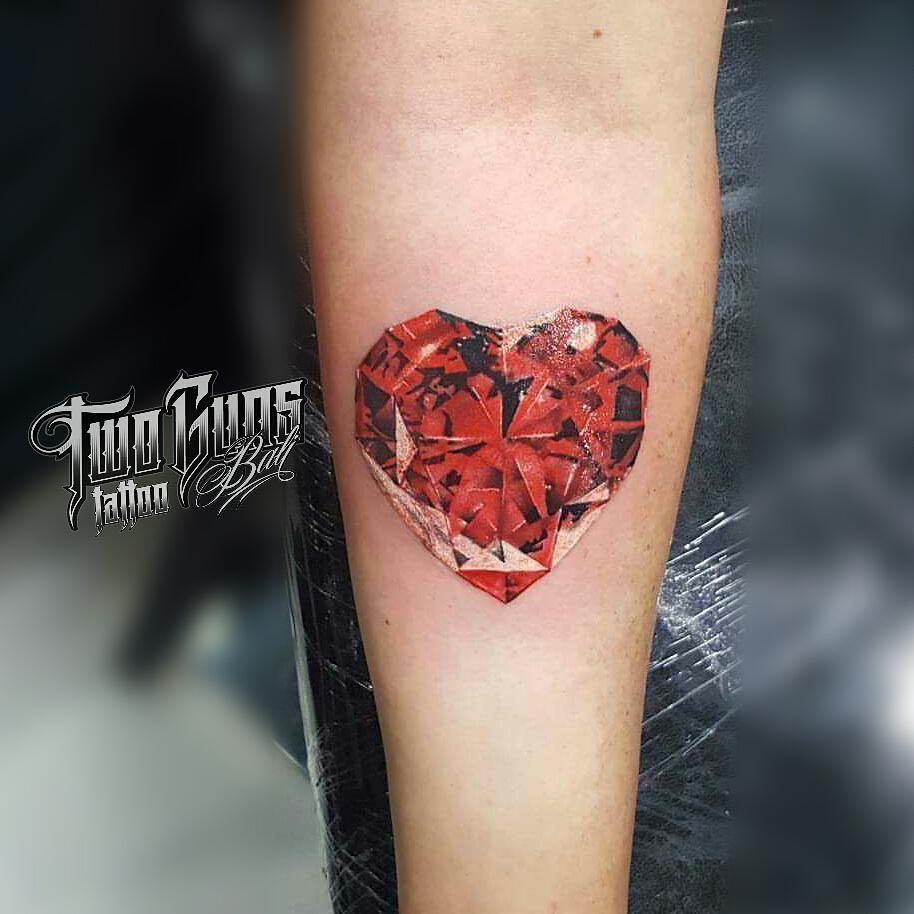 red heart jewel tattoo by kenyoz baliken art two guns bali